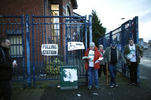 Colegio electoral en Belfast.