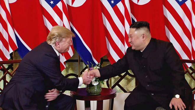 Trump apel·la a l'economia per entendrir Kim Jong-un
