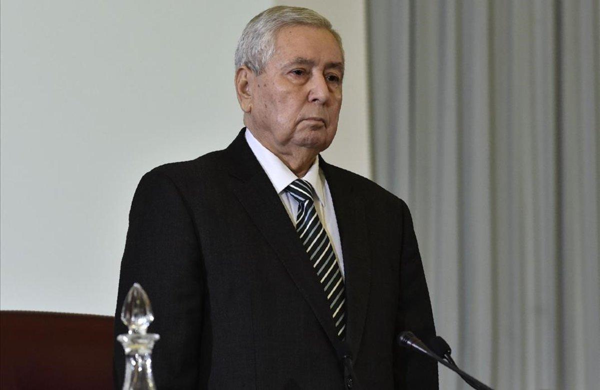 Abdelkader Bensalah, presidente interino de Argelia tras la renuncia de Buteflika.