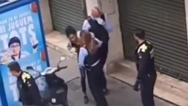 Una treballadora d'un hotel medicalitzat de Barcelona denuncia una agressió dels Mossos: «¿Tu ets doctora o ets una puta?»
