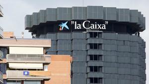 Vista de la sede de CaixaBank en la avenida Diagonal de Barcelona.