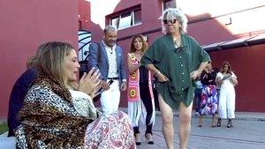 Carmen Gahona se 'cuela' en 'Sálvame' y baila a escasos metros de Raquel Bollo