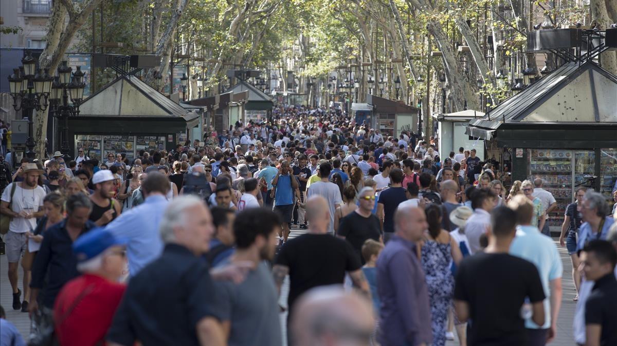 Tres escenaris possibles per al turisme després dels atemptats