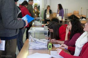 Colegio electoral en las elecciones autonómicas del 21-D.