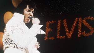 Elvis Presley, en un concierto de 1972