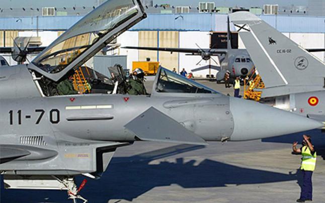 Un Eurofighter en la base aérea de Morón.