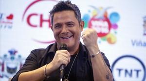 Alejandro Sanz, durante la rueda de prensa que ha dado en el Festival Viña del Mar, este martes.
