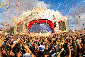 El festival Tomorrowland en Santa Coloma este 2019.