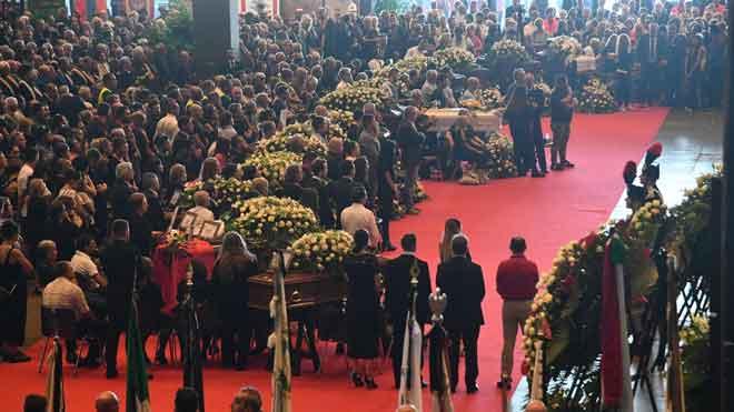 Funeral de estado por las víctimas del puente de Génova.