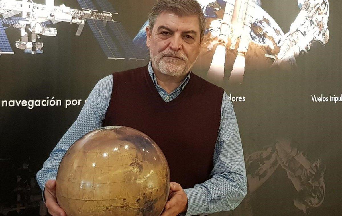 """Martínez Frías: """"El aplauso a los sanitarios del coronavirus llegará a Marte"""""""
