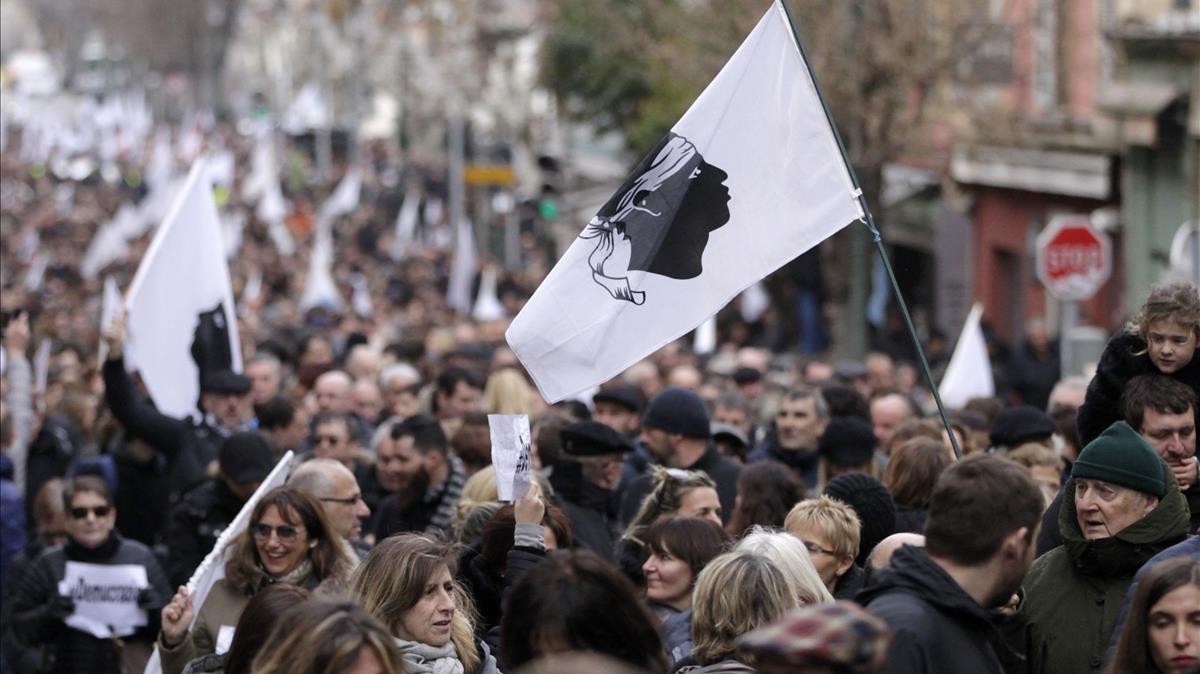 Manifestación para presionar a Macron en favor de un diálogo con Córcega, el pasado 3 de febrero, en Ajaccio.