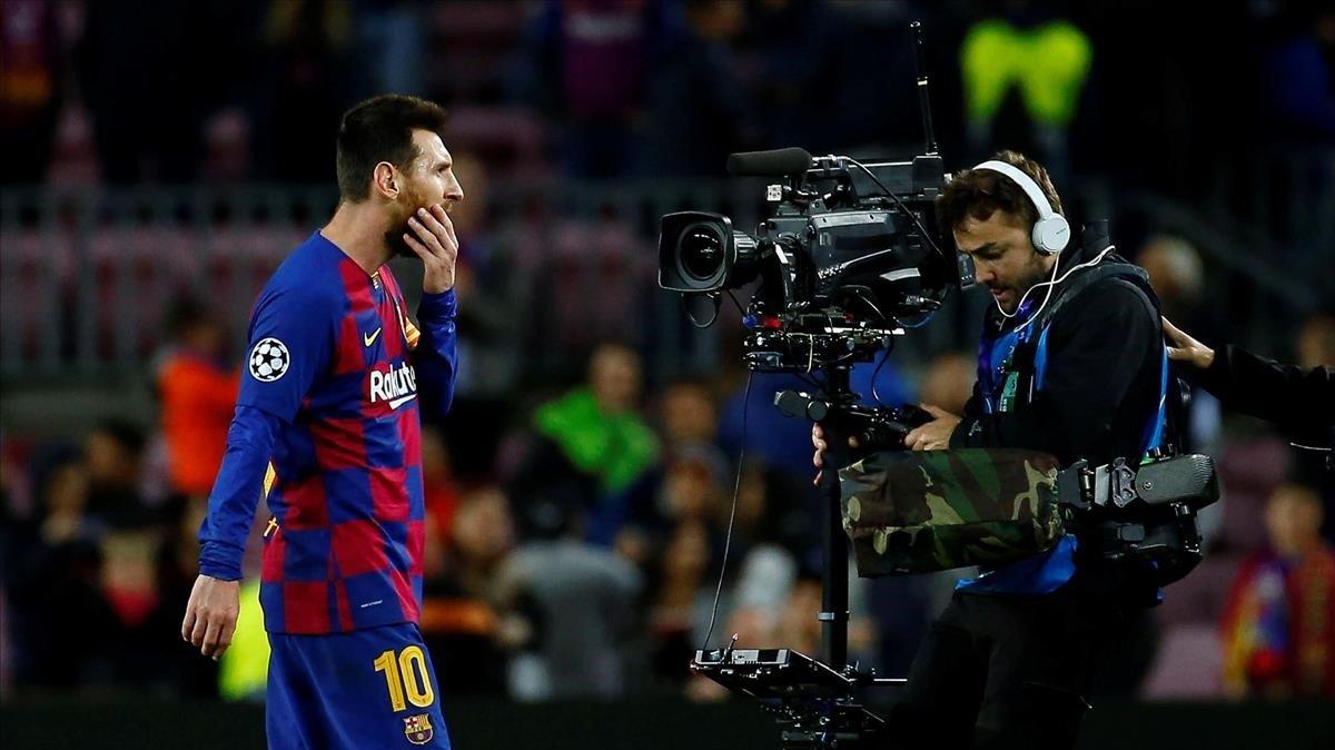 Messi, durante el partido ante el Slavia de Praga en el Camp Nou.