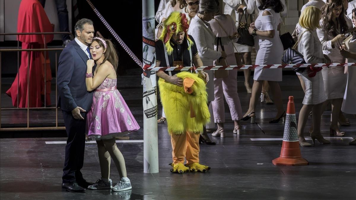 Un momento de la representación de 'La flauta mágica' en versión de Graham Vick en el Paleu de les Arts de Valencia
