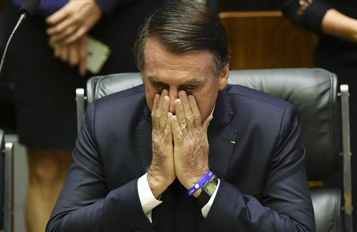 El presidente de Brasil, Jair Bolsonaro, llegó a calificar al covid-19 de gripecita
