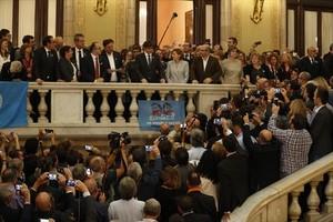 Puigdemont y Junqueras se dirigen a los diputados y alcaldes tras la DUI.