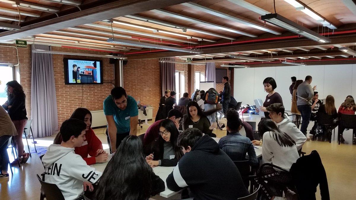 Reunión intercentros de la Audiencia Joven de Esplugues, este miércoles