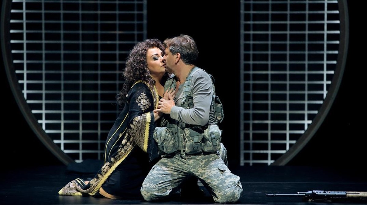 Elena Pankratova (Kundry) y Andreas Schager (Parsifal), en Parsifal, de Richard Wagner, en el Festival de Bayreuth.