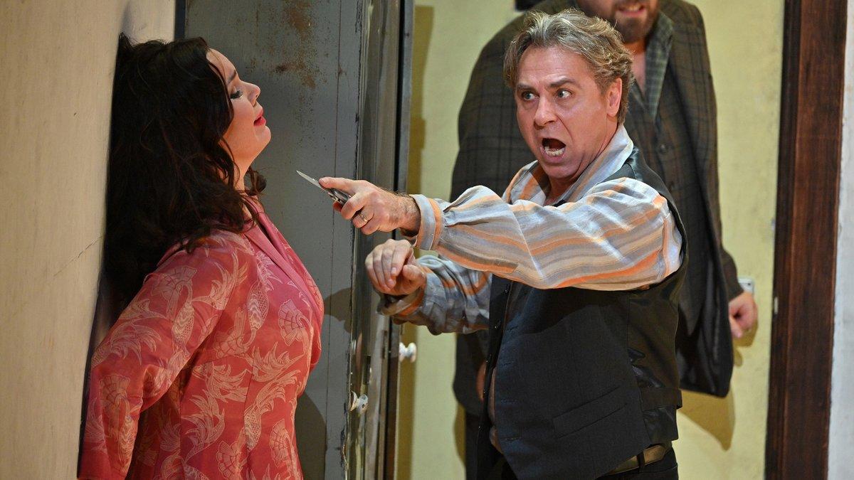 Roberto Alagna y Elena Pankratova, en un momento de la representación de 'Cavallria rusticana / Pagliacci' en el Liceu