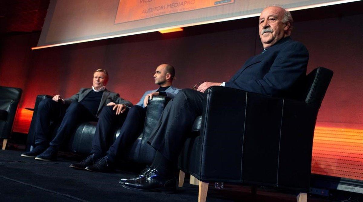 Ronald Koeman, Robert Martínez y Vicente del Bosque, en el Auditori Mediapro.
