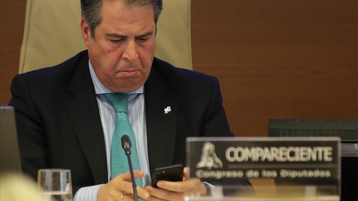 Gregorio Serrano, antes de iniciar su comparecencia en el Congreso.