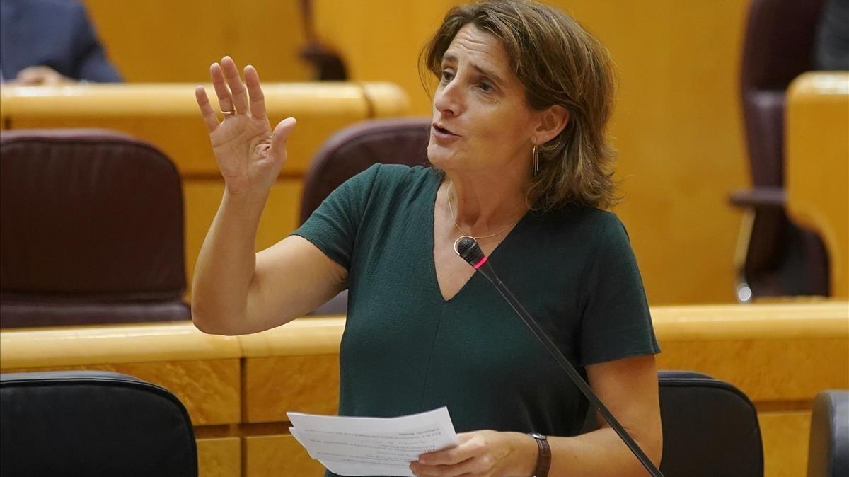 Teresa Ribera en unasesión del control del Senado.