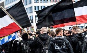 Alemanya reconeix un problema històric de neonazisme a les files del seu Exèrcit
