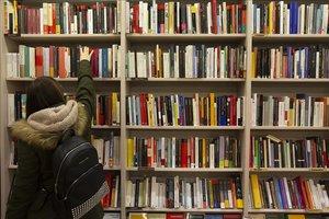 Librería Atzavara, del barrio de Gràcia, en Barcelona.