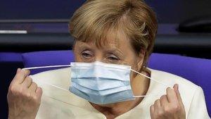 El Govern alemany planeja endurir restriccions per contenir la pandèmia