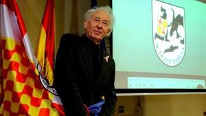 Albert Boadella, caracterizado como presidente de Tabarnia, en una rueda de prensa en Madrid.