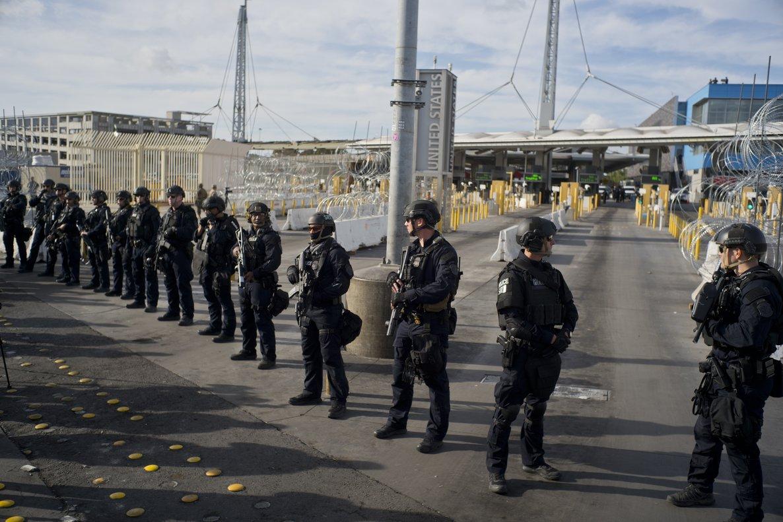 Resultado de imagen para ejercicio de gran escala en Frontera de Tijuana