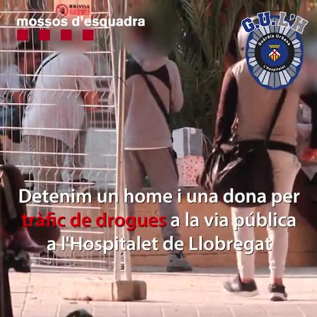 Detingudes dues persones per tràfic de drogues a l'Hospitalet