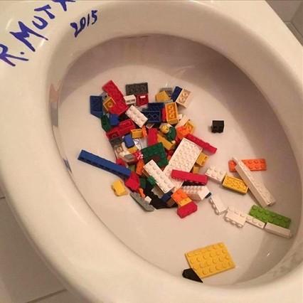La acción de protesta de Ai Wei Wei contra Lego