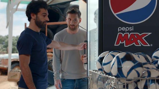 Anuncio de Leo Messi y Mohamed Salah para Pepsi Max.