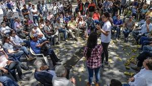 Asamblea de la oposición en la calle en Caracas.