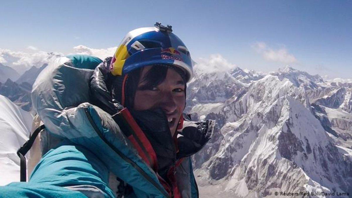 El austriaco David Lama, unode los alpinistas desaparecidos cuando escalabanel Howse Peak.