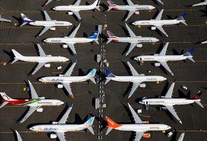 Aviones Boeing 737 MAXestacionados en una baseaérea en Seattle.