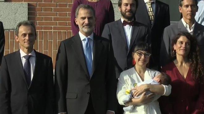 Un bebé en la corte de Felipe VI.