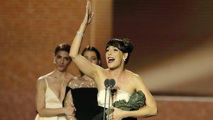 Belén Cuesta recogiendo su Premio Goya.