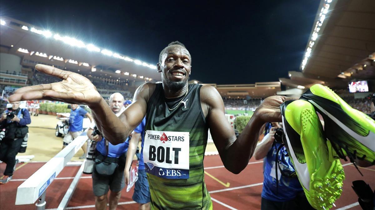 Bolt se dirige al público.
