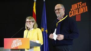 Los portavoces de JxCat, Elsa Artadi y Eduard Pujol.