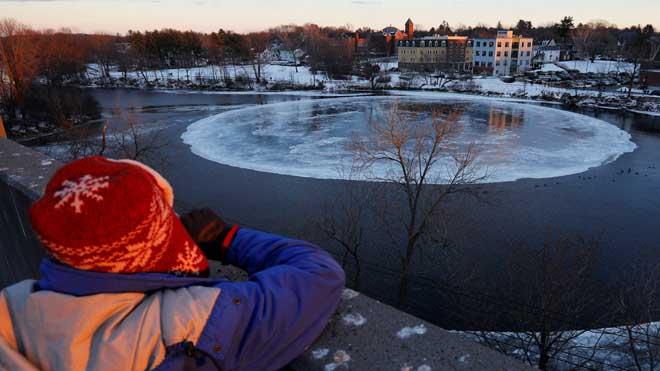 Un disc de gel gegant té intrigats els Estats Units