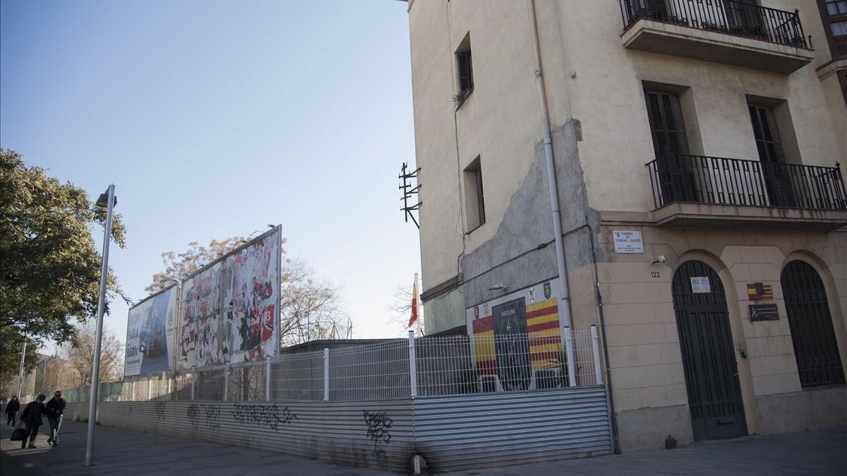 El edificio cedido a la Hermandad de Antiguos Caballeros Legionarios de Barcelona