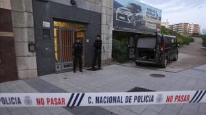 Edificio donde vivía la mujer asesinada por su expareja en Salamanca.