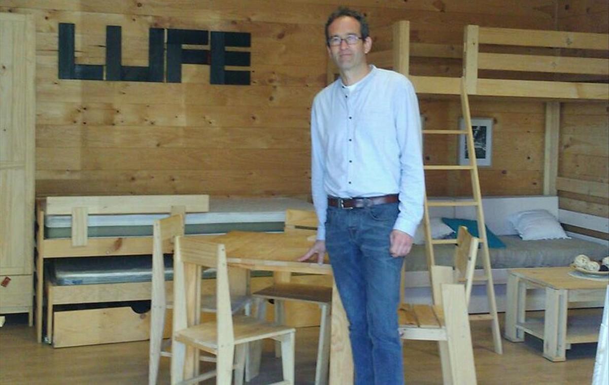 Enrique Arrillaga, este miércoles, en la sede de Muebles LUFE en Azpeitia.