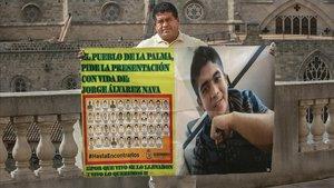 Epifanio Álvarez, padre de Jorge, uno de los 43 estudiantes desaparecidos en el municipio mexicano de Ayotzinapa, en su visita a Barcelona.