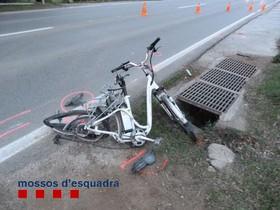 Estado en el que quedó la bicicleta de unciclista atropellado en Santa Maria de Palautordera, en una imagen de archivo.