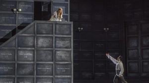 Katerina Tretyakova, que se alterna con Aida Garifullina, y Saimir Pirguen una escenade Romeo y Julieta, de Gounod.