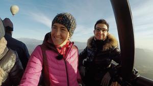 Núrica Picas y Carme Ruscalleda, en un viaje en globo aerostático por la Garrotxa