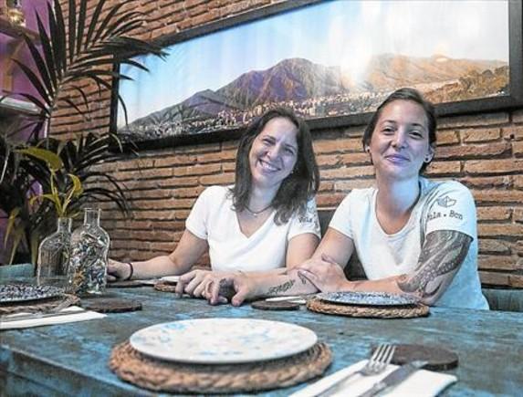 Adriana y Adnaloy Osío, en el restaurante venezolano Caña de azúcar.