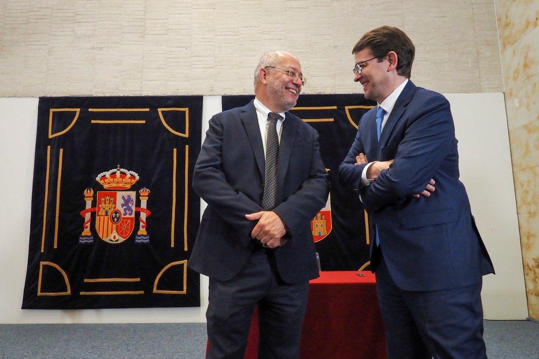 Castilla y León: Mañueco (PP) será presidente e Igea (Cs) vicepresidente
